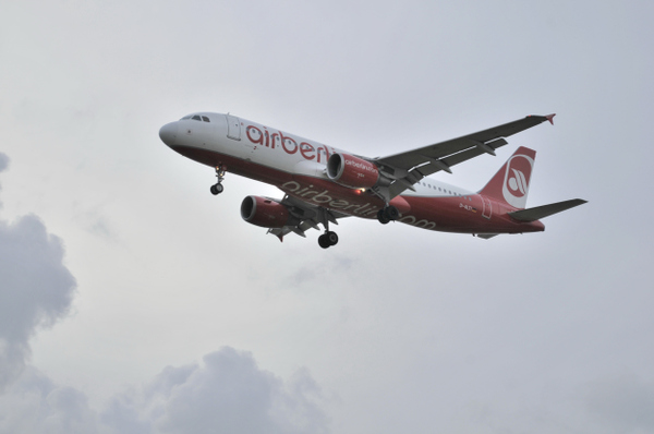 Air_berlin_airbus_a320214